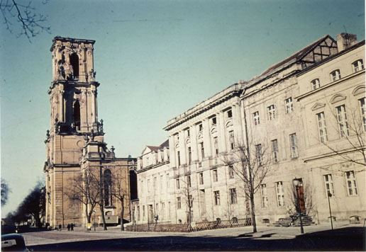 Bild von www.garnisonkirche-potsdam.de: Die zerstörte